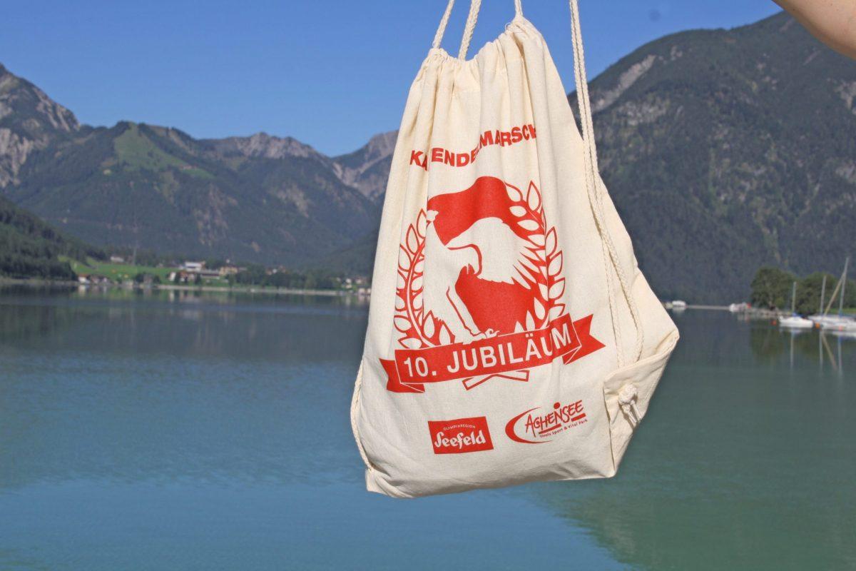 Karwendelmarsch anniversary sports bag